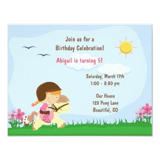かわいい女の子の乗馬馬の誕生日の招待状 カード