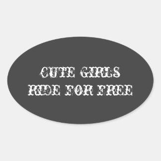 """""""かわいい女の子自由な""""はヘルメットのステッカーのために乗ります 楕円形シール"""