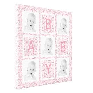 かわいい女の赤ちゃんのピンクの花の写真の格子 キャンバスプリント