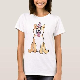 かわいい女性のワイシャツを引いている柴犬犬 Tシャツ