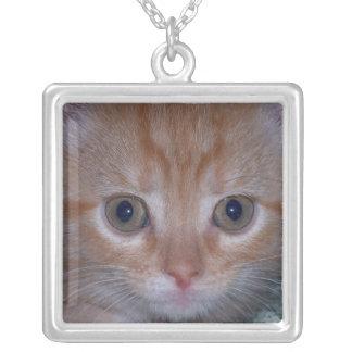 かわいい子ネコ シルバープレートネックレス
