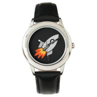 かわいい子供の宇宙ロケットのおもしろいのデザイン 腕時計