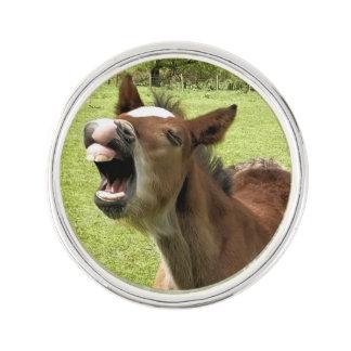 かわいい子馬 ラペルピン