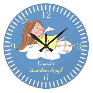かわいい守り神の名前入りな子供の柱時計 ラージ壁時計