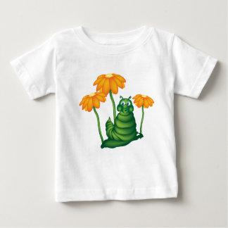 かわいい幼虫のTシャツ ベビーTシャツ