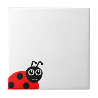 かわいい微笑のてんとう虫の漫画 正方形タイル小
