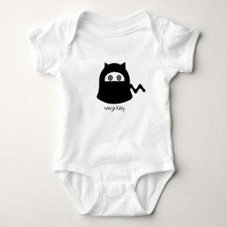 かわいい忍者の子猫のTシャツ ベビーボディスーツ