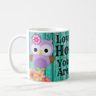 かわいい愛Hooパステル調の紫色のフクロウおよび花です コーヒーマグカップ
