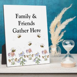 かわいい民芸の蜂のデイジーの蝶 フォトプラーク
