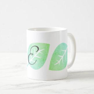 かわいい水彩画の一見の葉の抽象芸術のモノグラムのなマグ コーヒーマグカップ