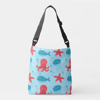 かわいい水泳の紫系統の海の創造物のくらげ クロスボディバッグ