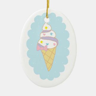 かわいい渦巻のアイスクリームコーン セラミックオーナメント