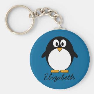 かわいい漫画のペンギンの青の背景 キーホルダー