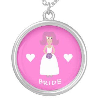 かわいい漫画の花嫁及びハートのカスタマイズ可能なピンク シルバープレートネックレス
