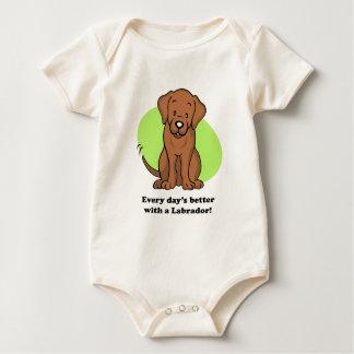 かわいい漫画犬のラブラドールのベビーのティー ベビーボディスーツ