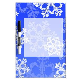 かわいい濃紺およびホワイトクリスマスの雪片 ホワイトボード