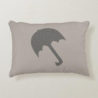 かわいい灰色の水玉模様の傘の枕 アクセントクッション