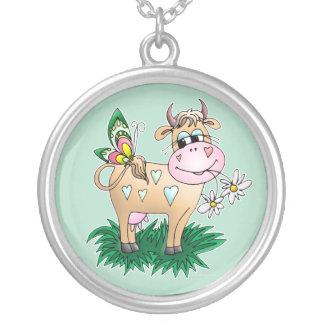 かわいい牛及び蝶 シルバープレートネックレス