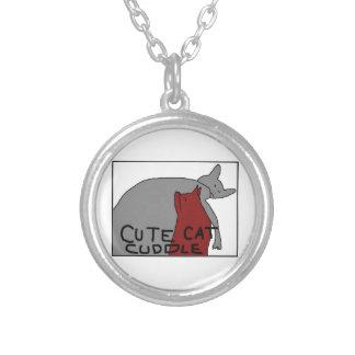 かわいい猫の抱擁 シルバープレートネックレス