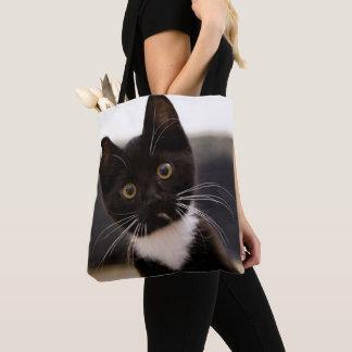 かわいい白黒タキシードの子ネコ トートバッグ