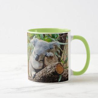 かわいい睡眠のコアラ マグカップ