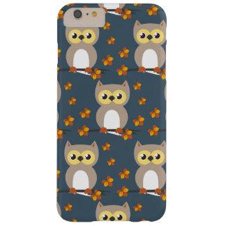 かわいい秋のフクロウパターン BARELY THERE iPhone 6 PLUS ケース