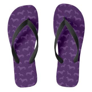 かわいい紫色のダックスフントパターン ビーチサンダル