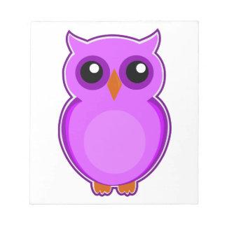 かわいい紫色のフクロウのアニメーションのイラストレーション ノートパッド
