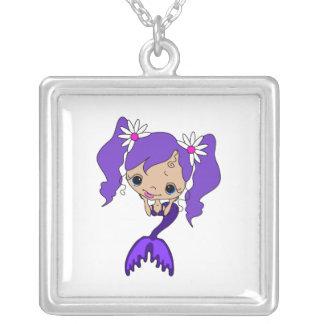 かわいい紫色の人魚 シルバープレートネックレス