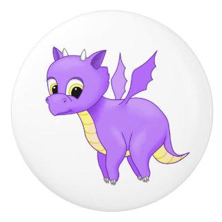 かわいい紫色の飛んでいるなベビーのドラゴン セラミックノブ