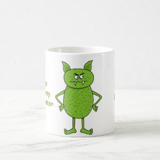 かわいい緑の小悪魔の漫画 コーヒーマグカップ