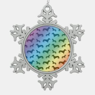 かわいい虹のダックスフントパターン スノーフレークピューターオーナメント