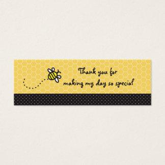 かわいい蜂をブンブンいう音ベビーシャワーが付く感謝していしている スキニー名刺