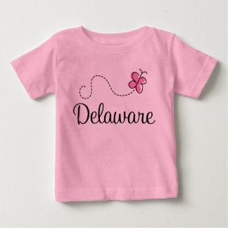 かわいい蝶デラウェア州ベビーのTシャツ ベビーTシャツ