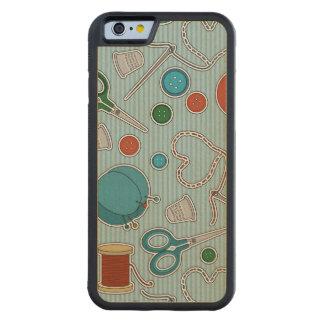 かわいい裁縫テーマパターン青 CarvedメープルiPhone 6バンパーケース