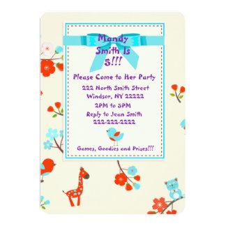 かわいい赤ん坊の動物および花の誕生日の招待状 12.7 X 17.8 インビテーションカード