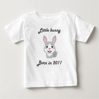 かわいい赤ん坊のTシャツの中国のな(占星術の)十二宮図の2011年のバニーウサギ ベビーTシャツ