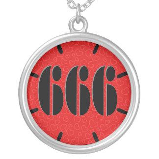 かわいい赤666の花 シルバープレートネックレス