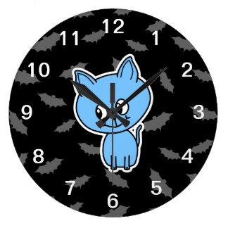 かわいい青の猫およびバット ラージ壁時計