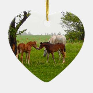 かわいい馬の子馬 セラミックオーナメント