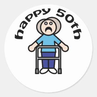 """かわいい、""""幸せな第50""""老女のデザイン ラウンドシール"""