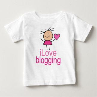 かわいいI愛Blogging Tシャツのギフト ベビーTシャツ