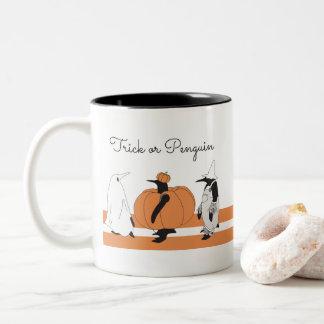 かわいくおもしろいなペンギンハロウィン ツートーンマグカップ