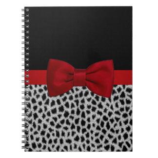 かわいくエレガントな白黒ヒョウの皮 ノートブック