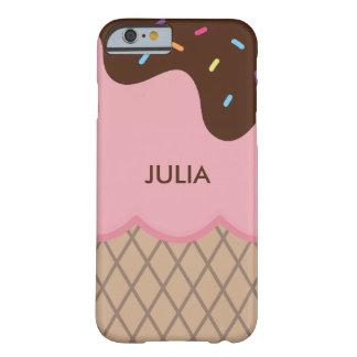 かわいくカスタムなピンクのアイスクリーム + 文字 BARELY THERE iPhone 6 ケース
