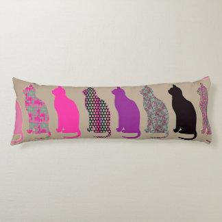 かわいくカラフルな猫パターン抱き枕 ボディピロー