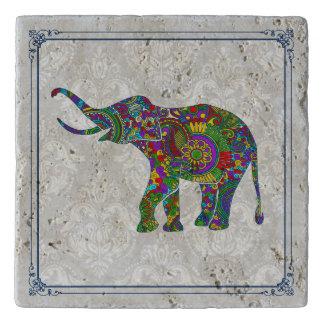 かわいくカラフルな花象の絵 トリベット