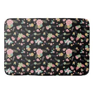 かわいくガーリーで黒い花柄 バスマット