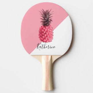 かわいくガーリーな熱帯ピンクおよび白いパイナップル 卓球ラケット