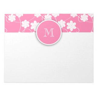 かわいくモダンなピンクの花模様、あなたのイニシャル ノートパッド